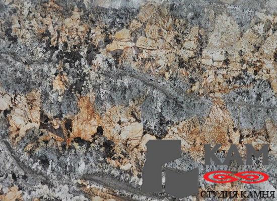 Натуральный камень гранит Misk Green Gold (серый)