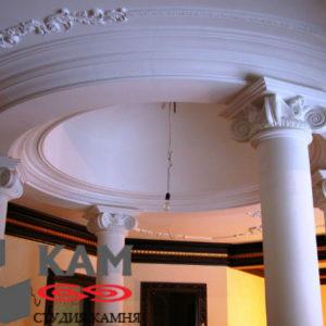 Колонна из мрамора (внутри)